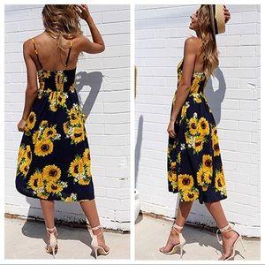 Dresses - 🌼NWT Floral Swing Midi Dress🌼